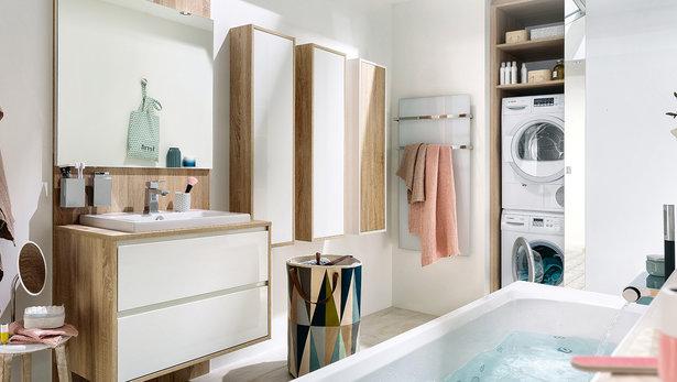 Bilde Moderne svart og hvitt baderom skandinavisk