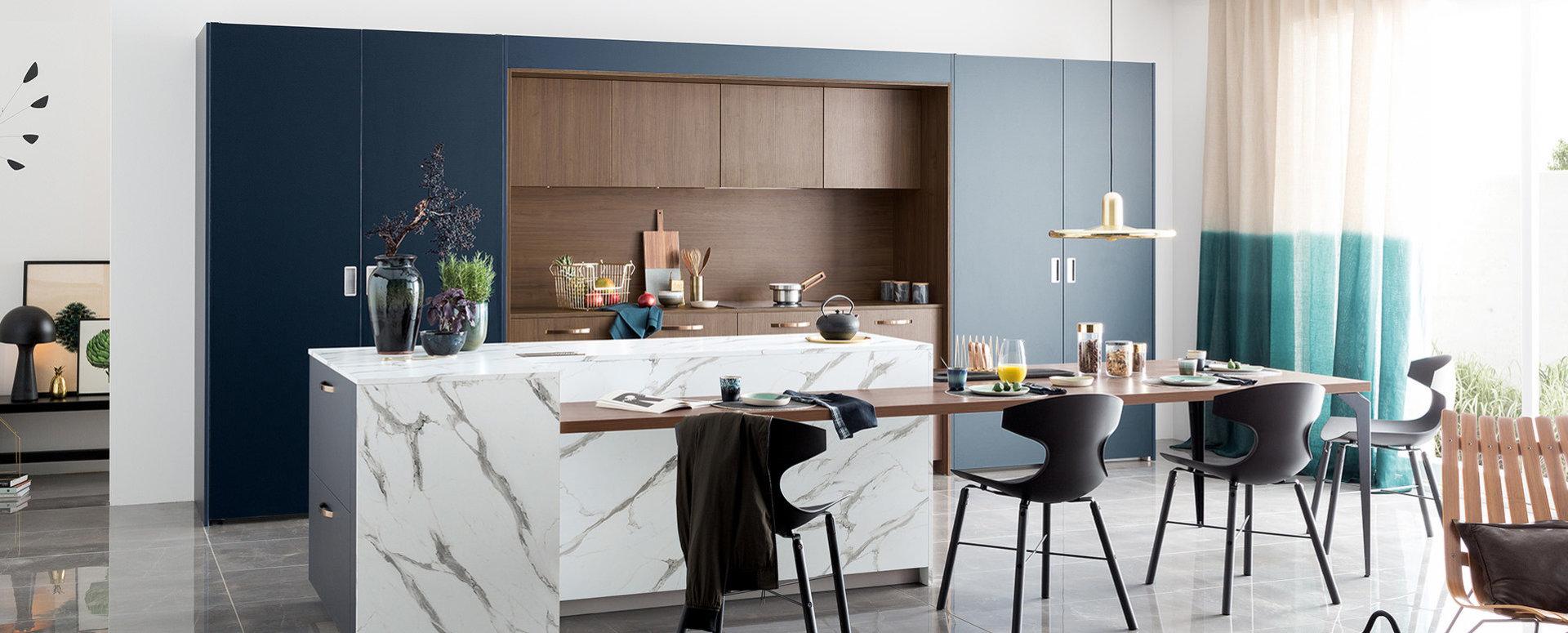 Bilde Åpent trendig kjøkken marmor og valnøttre