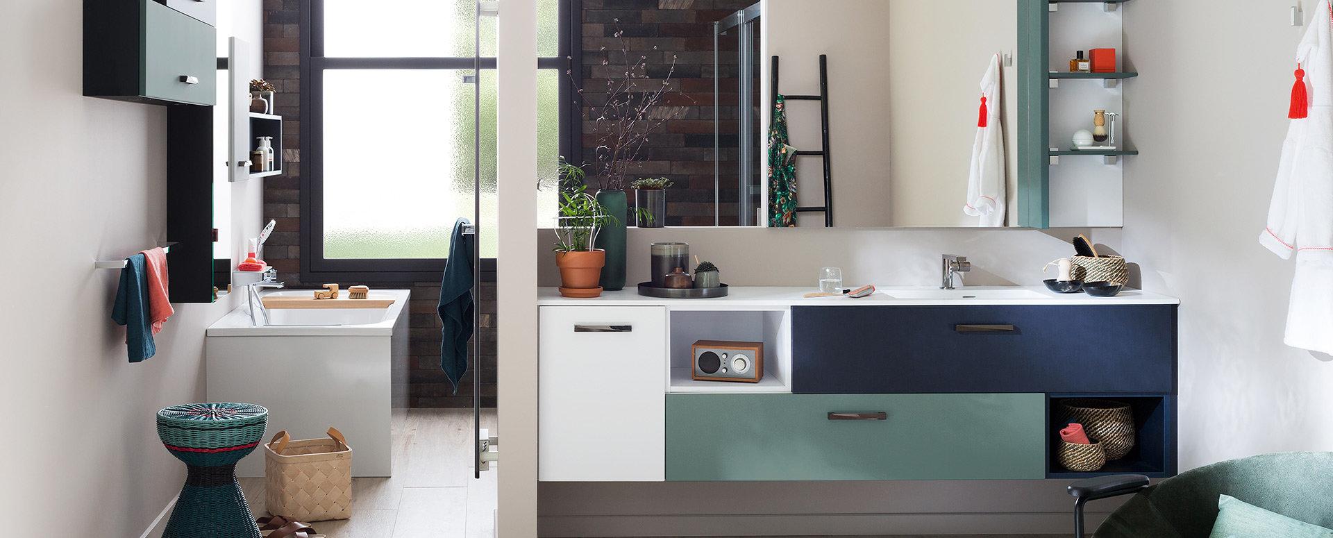 Bilde Design, fargerikt baderom loftstil
